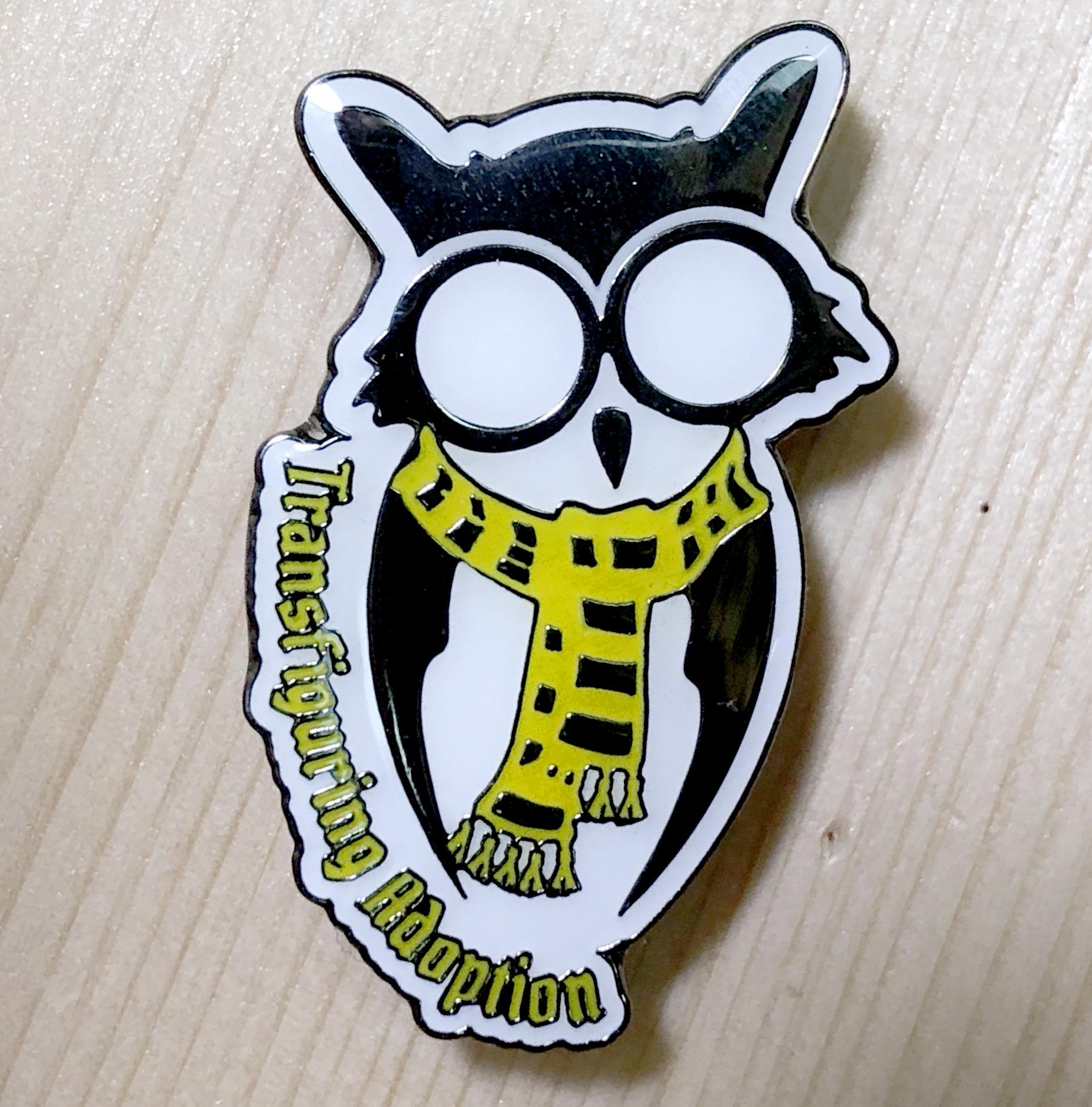 Owl Pin (Yellow/Black Scarf)